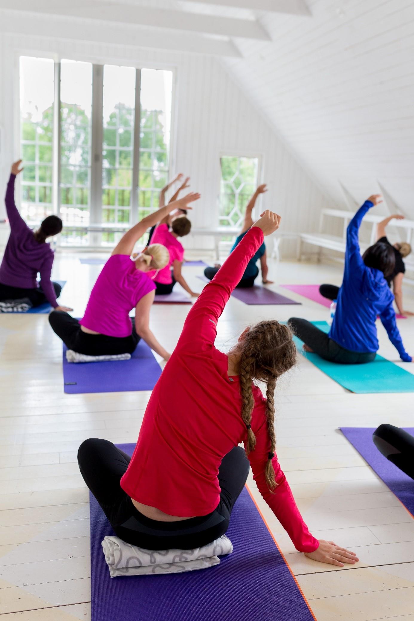 prova på yoga sand